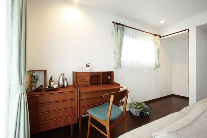家具で魅せるシンプルモダンスタイル