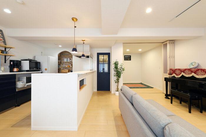 オープンキッチンが魅せるナチュラルな住空間